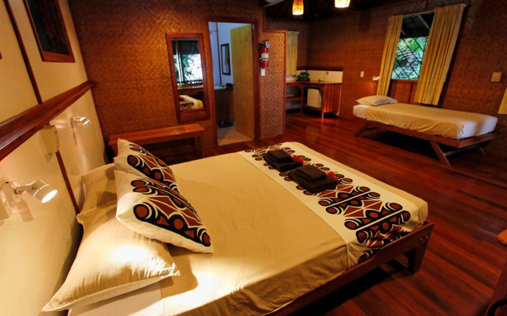 161104-bedroom-walindi-plantation-resort.jpg