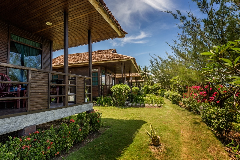 cottages-surrounded-by-gardens-by-thalassa-manado.jpg