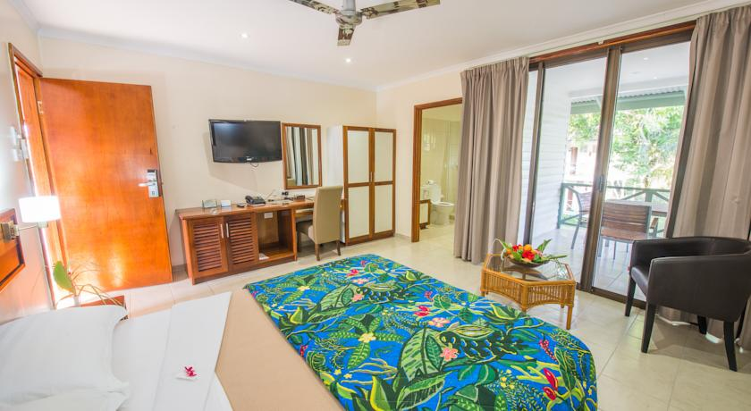 deluxe-room-inside-by-madang-resort.jpg