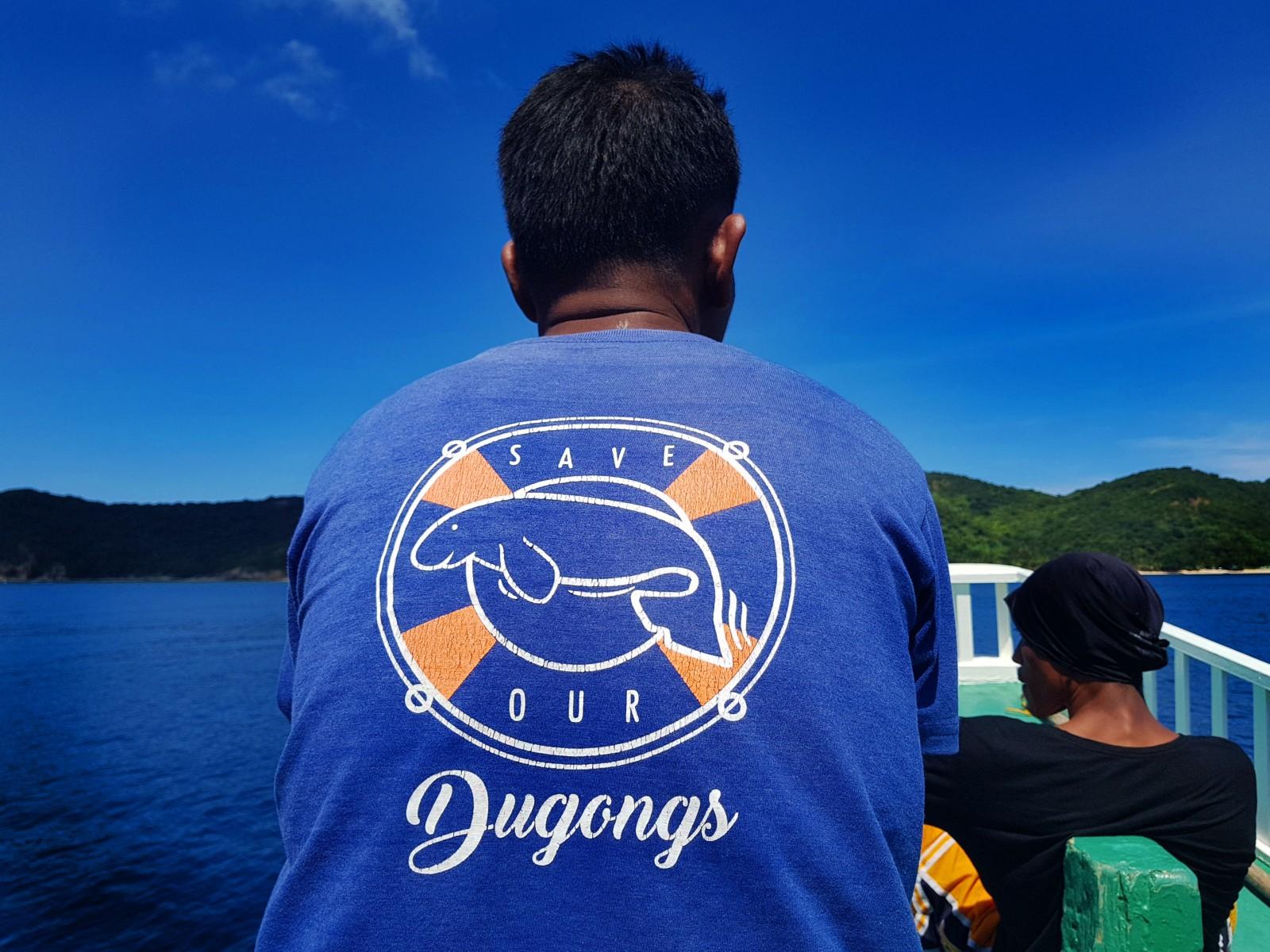 dugong-dive-by-gregg-yan-4.jpg