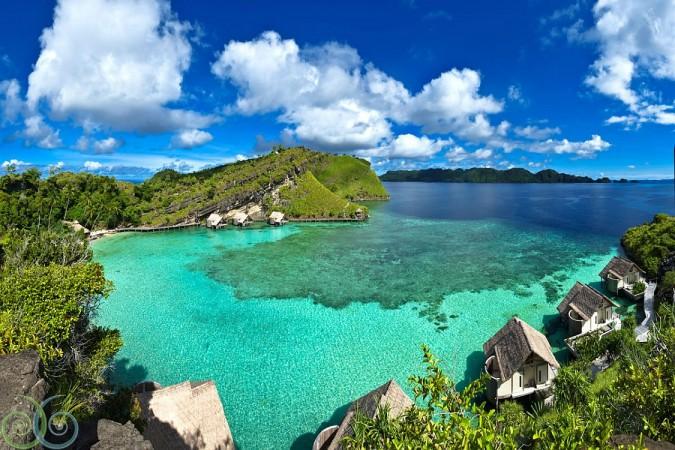 Misool eco resort travel the coral triangle - Raja laut dive resort ...