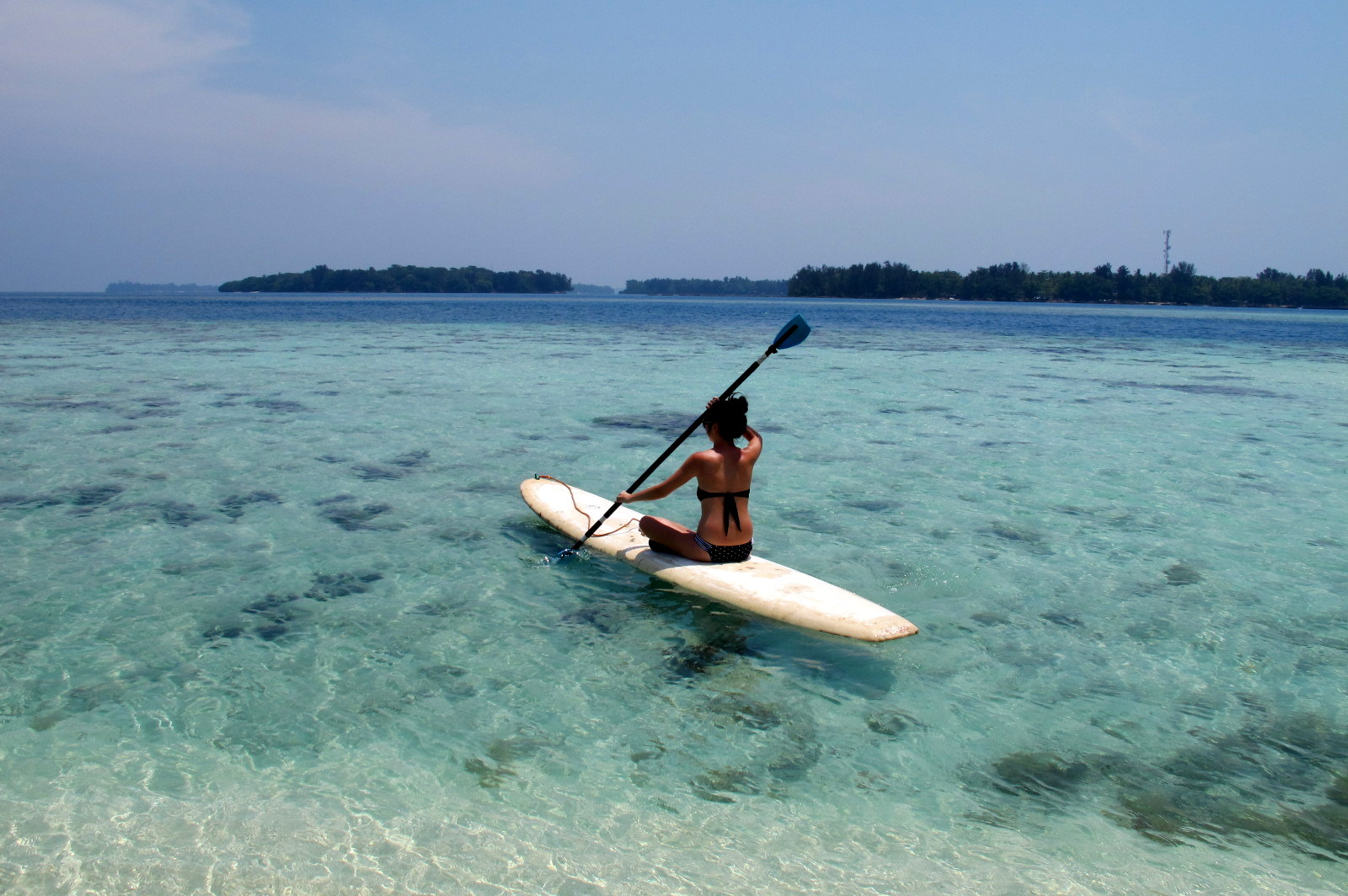 kayaking_on_pulau_macan