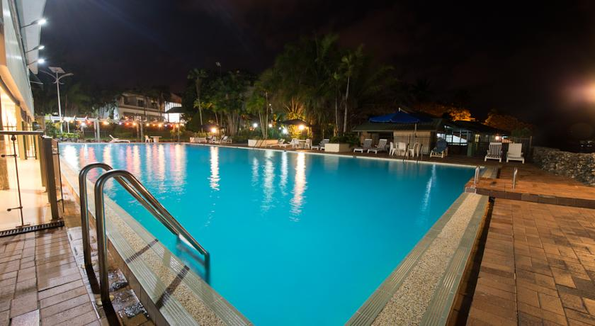 pool-sideview-by-madang-resort.jpg