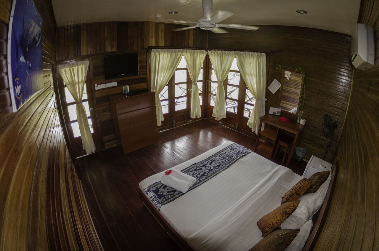 room_mabul_island_resort_photo_scuba_junkies