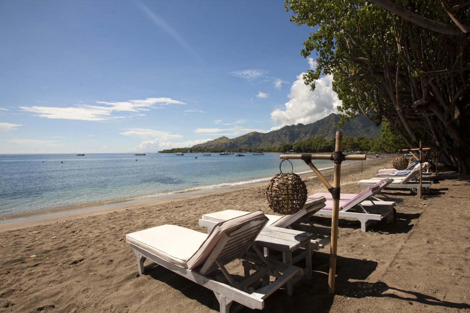 taman_sari_resort_beach