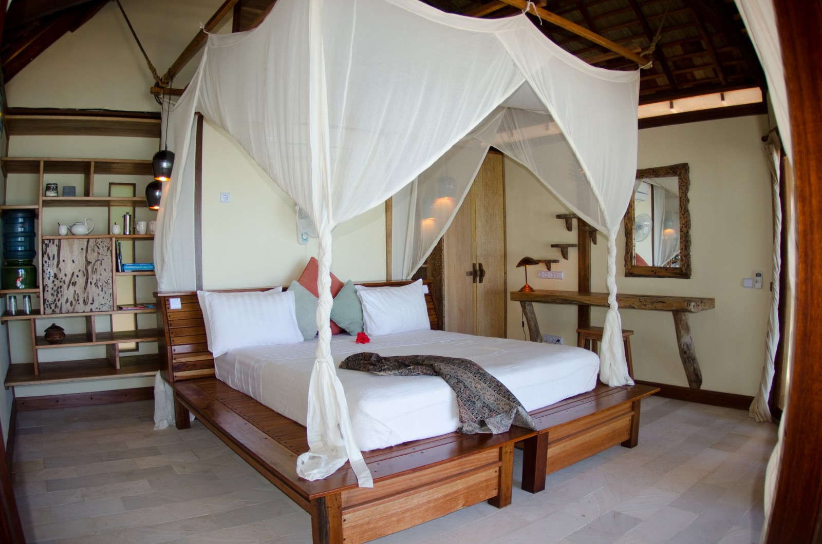 misool_eco_resort_water_cottage_interior